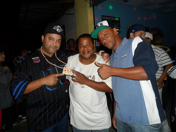 DJS MARCELÃO, XIXA E PAULINHO CAGEBE
